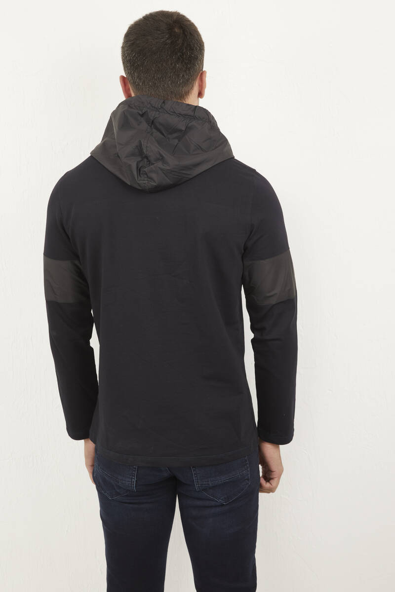 Kapşonlu Baskılı Lacivert Sweatshirt
