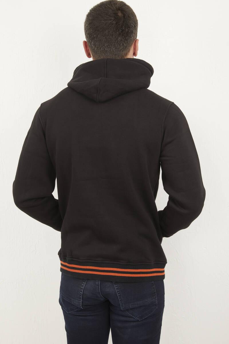 Kapşonlu Fermuarlı Armalı Sweatshirt